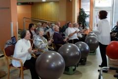 Nastop stanovalcev v Sončnem domu- Žoga Band in Grlice (4)