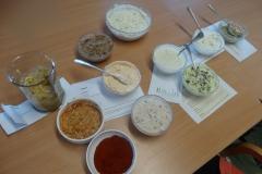 Pripravljanje namazov ob mednarodnem dnevu prehrane